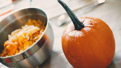 Recette Pessah sans oeufs : Tarte aux champignons et aux noix avec garniture à la courge musquée (contient du kitniyot), par Jewish Food Hero Kitchen