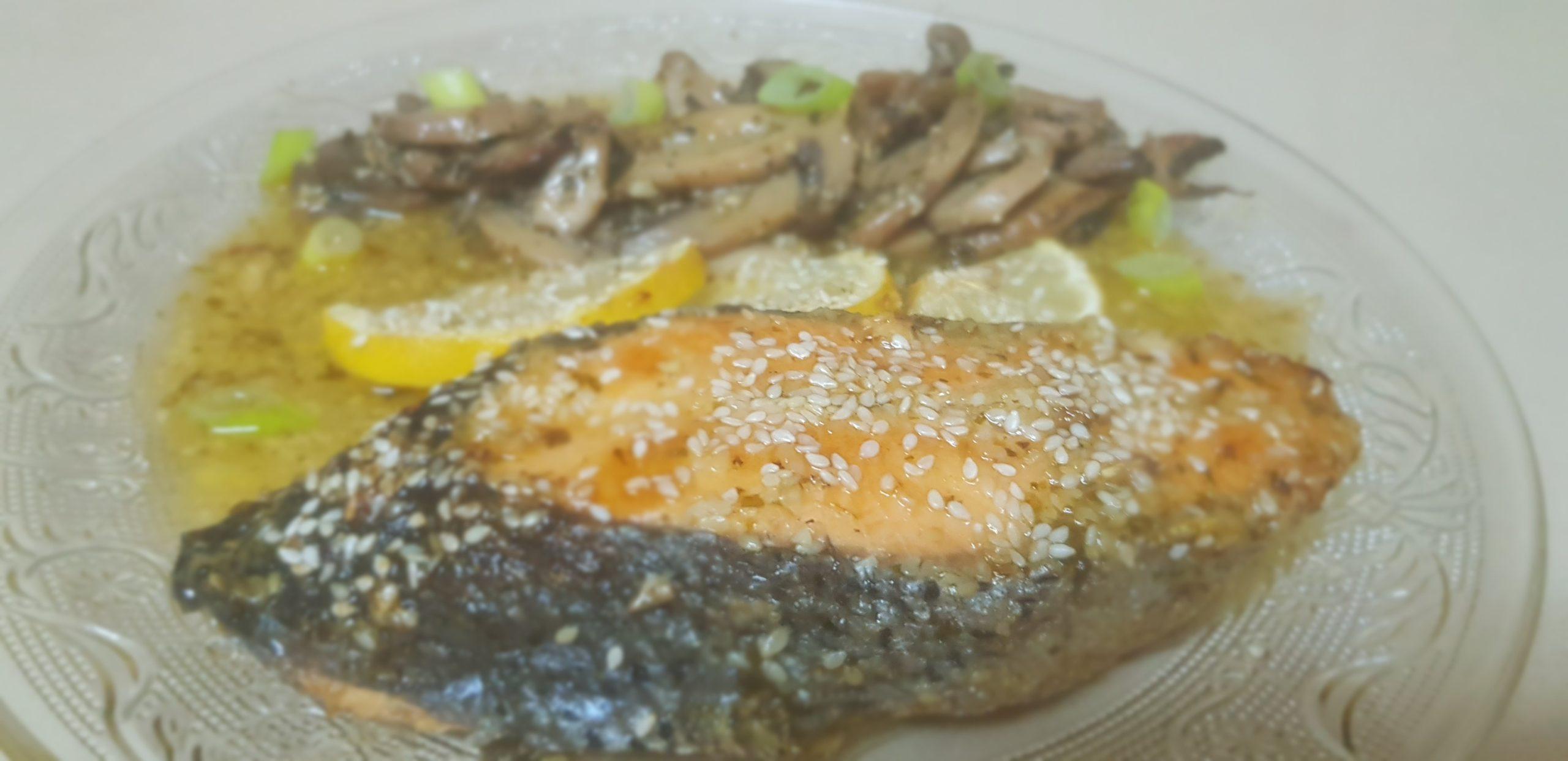 Filet de saumon à l'ail, citron et huile d'olive