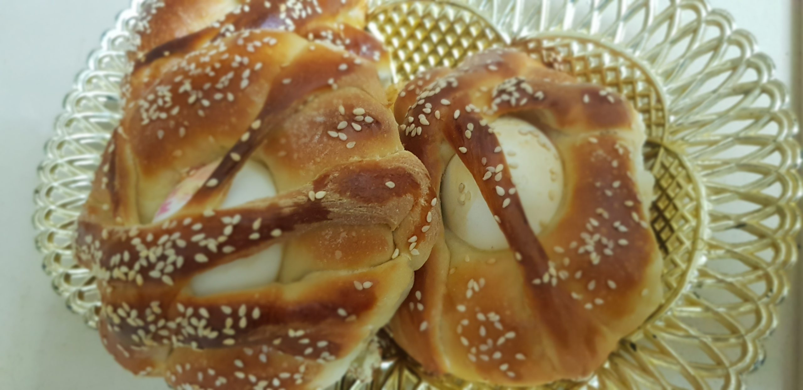 Les pains aux oeufs pour la fin de Yom Kippour