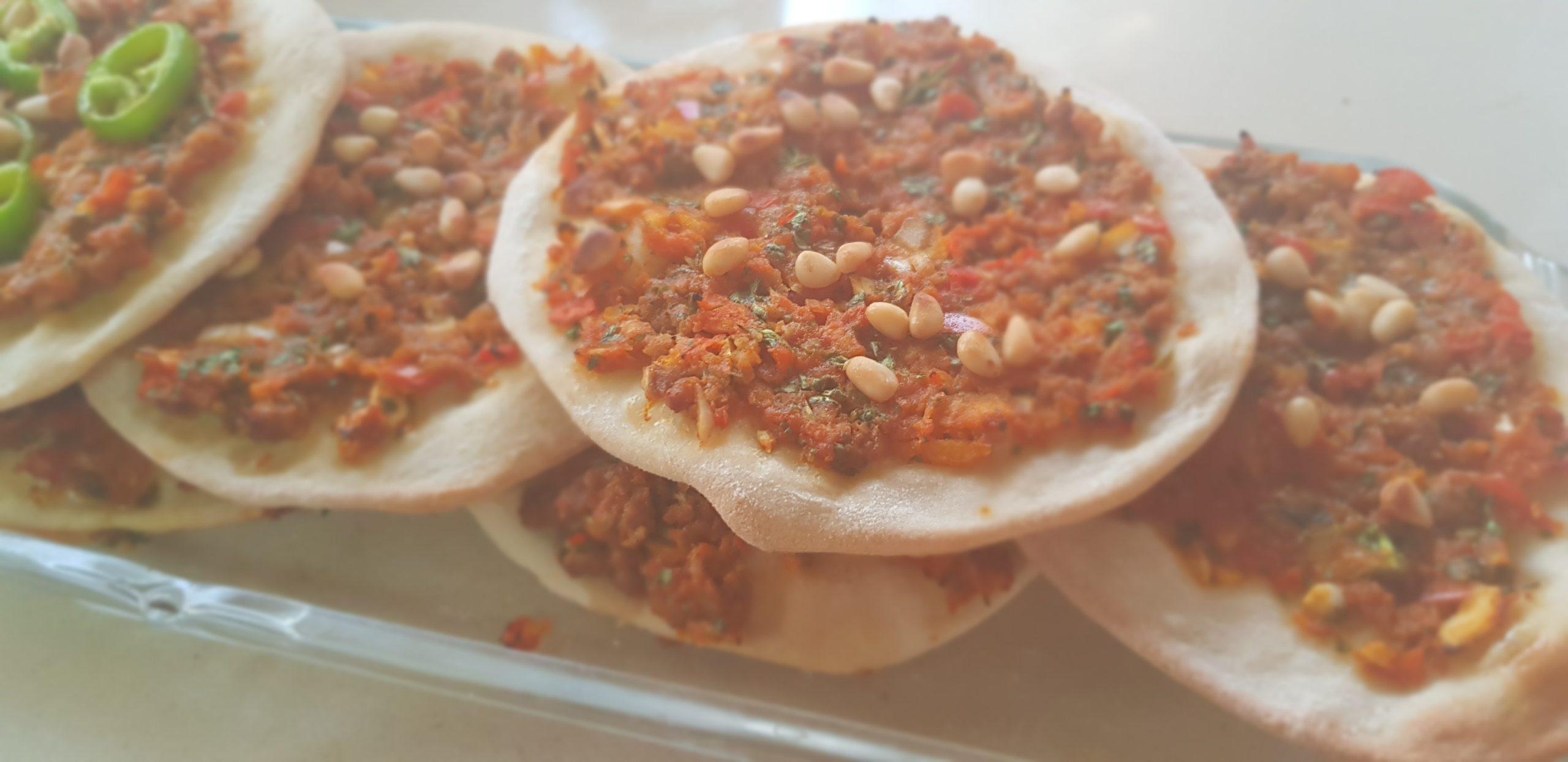 Lahmacun : Recette de pizza à la viande turque